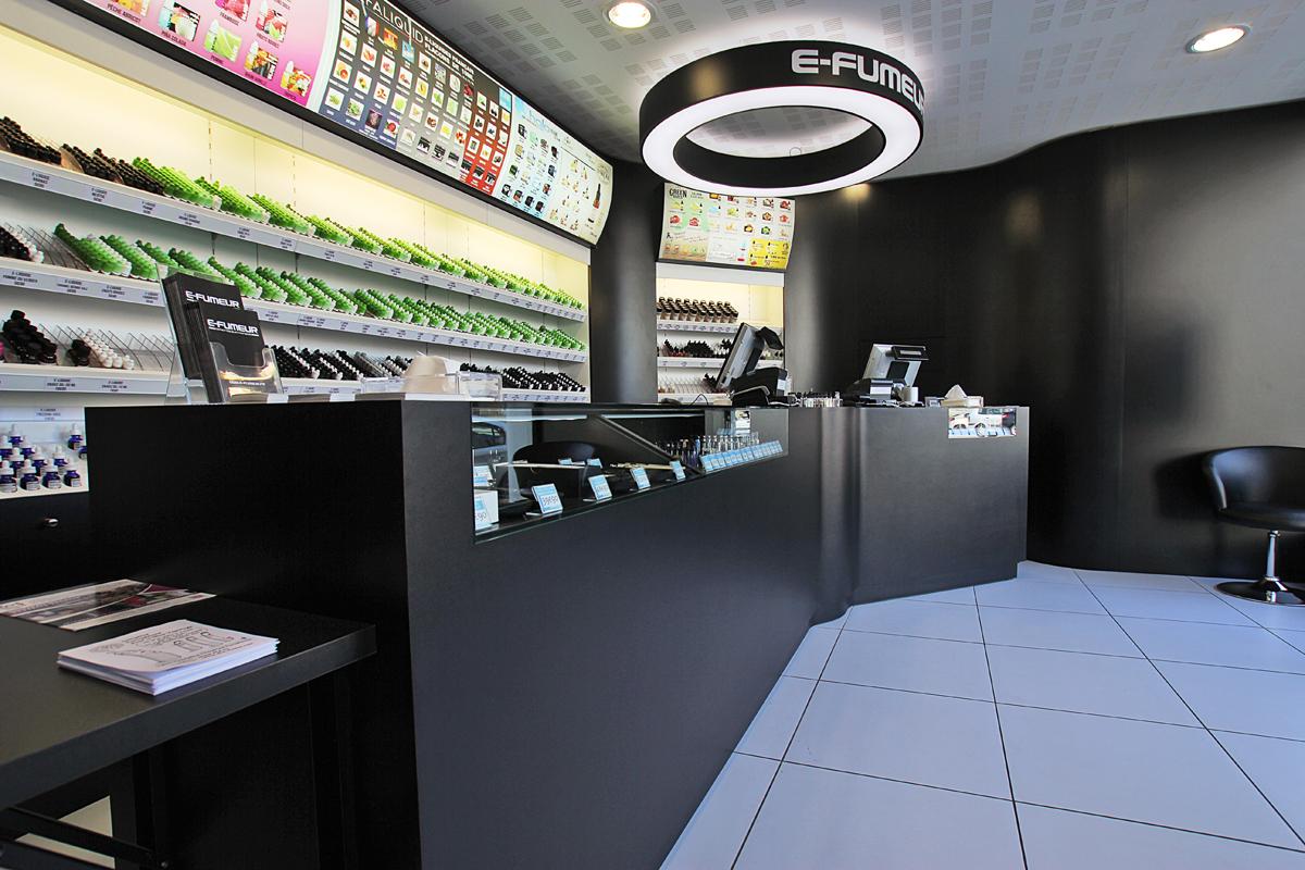 Boutique de vape spécialisée E-FUMEUR située à NANTES