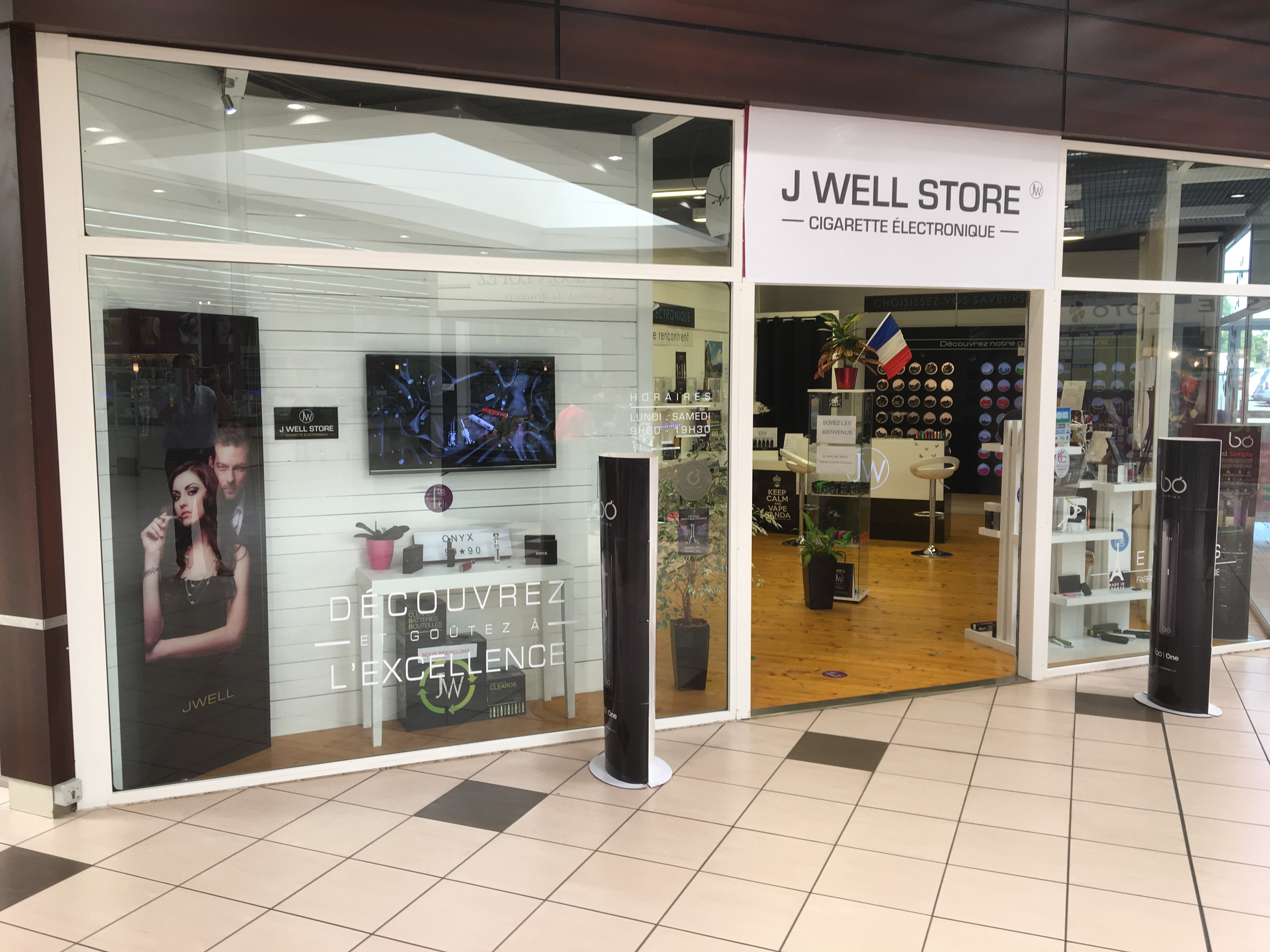 Boutique de vape spécialisée JWELL située à LES HERBIERS