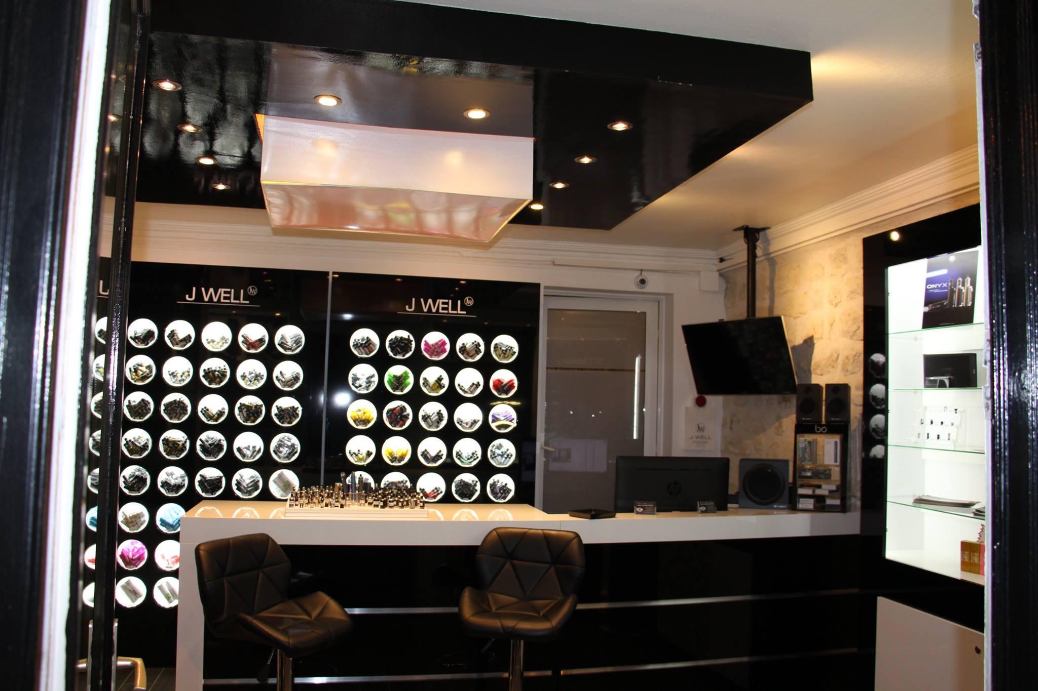 Boutique de vape spécialisée JWELL située à PARIS
