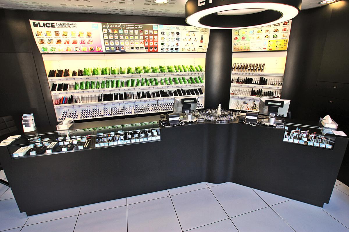 Boutique de vape spécialisée E-FUMEUR située à VANNES