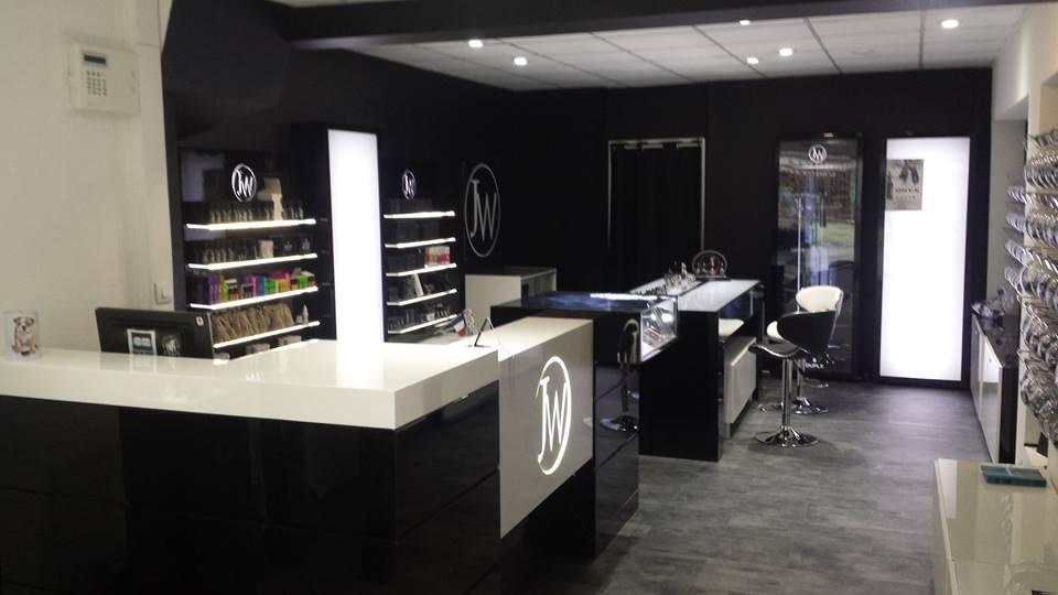 Boutique de vape spécialisée JWELL située à VENDôME